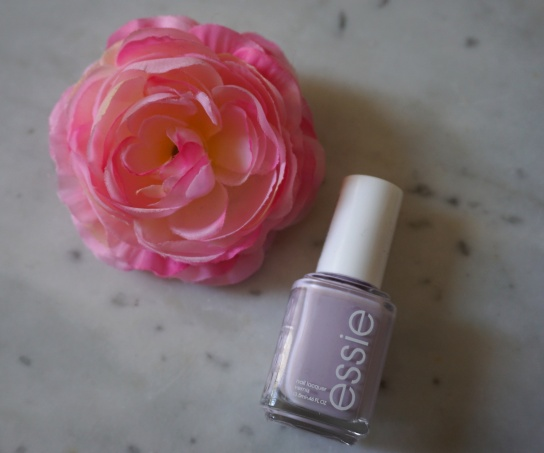 photo-vernis-essie-lilas.jpg