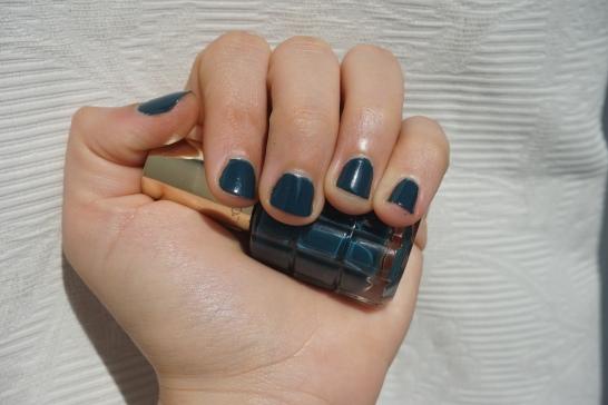 vernis-loréal-cobalt-3